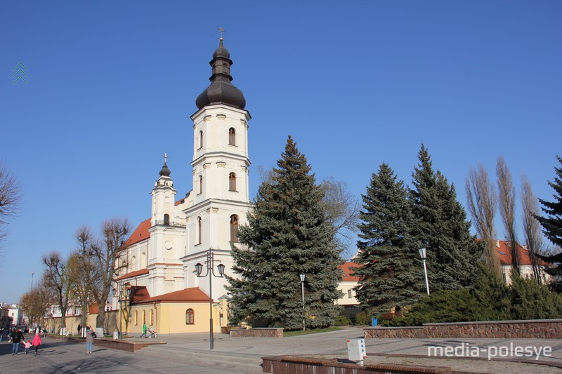 Программа фестиваля «Mater misericordiae» - это два месяца органной музыки в Пинске