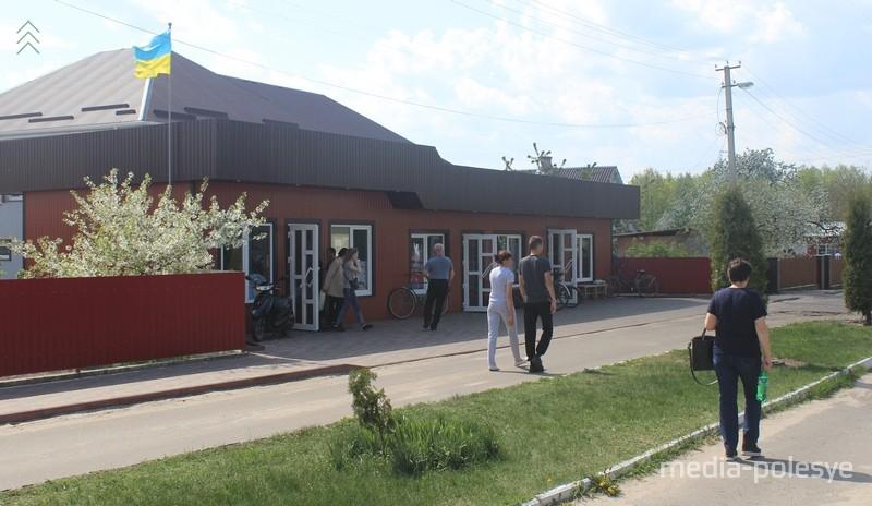 Конфеты, халва, зефир, икра – тот минимум, который покупает практически каждый белорус