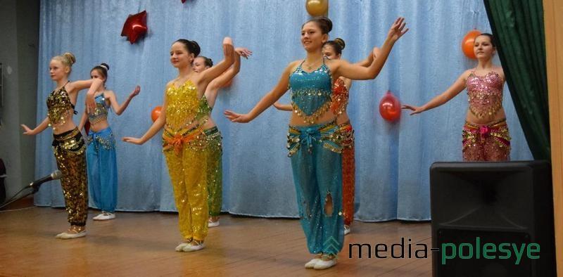 Танец «Цветы Востока»
