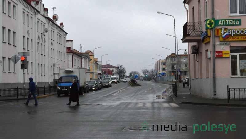 Улица Первомайская расширена до 4-х полос. На ремонт этих улиц потрачено 29,9 миллиардов рублей
