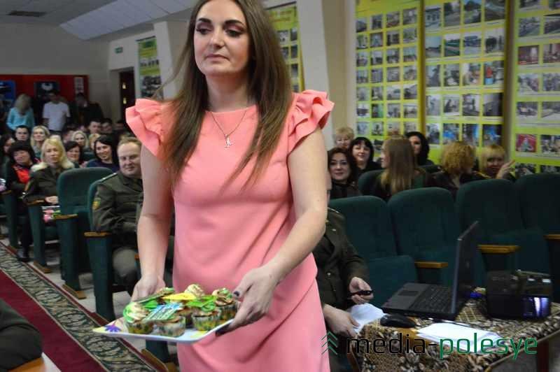 Анастасия Люлькович испекла =солдатские= десерты
