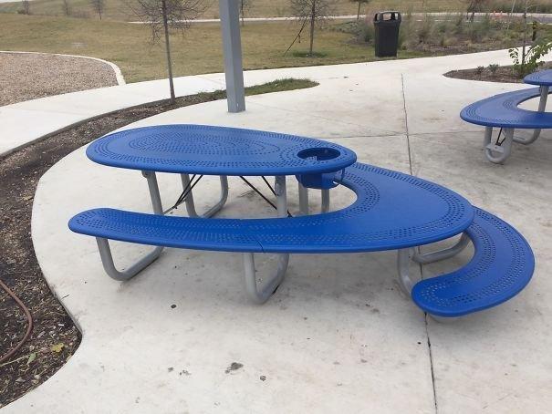 Мультифункциональные столы для взрослых и детей