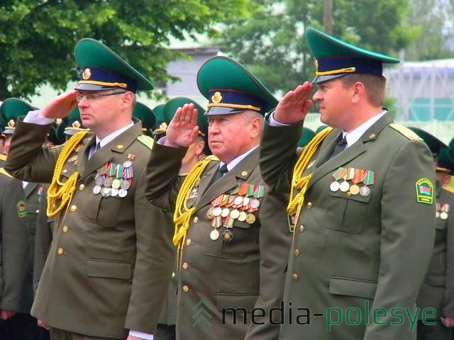 Старшие офицеры-пограничники