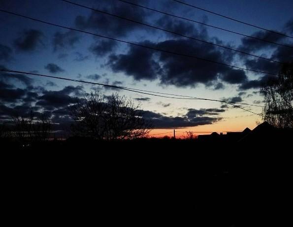 """Автор @svetlana_truhanovich - """"Утро лунинетчины. Иногда стоит проснуться в пять утра для того, чтобы наблюдать нечто подобное."""""""