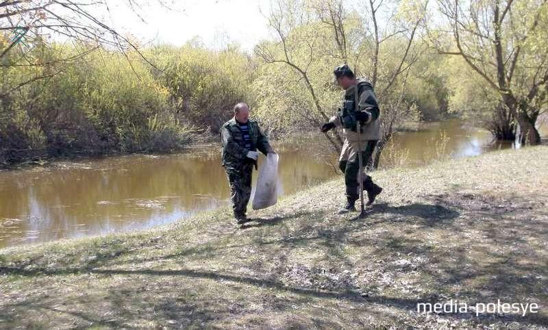 Столинские БООРовцы и инспектора охраны животного и растительного мира трудились вместе