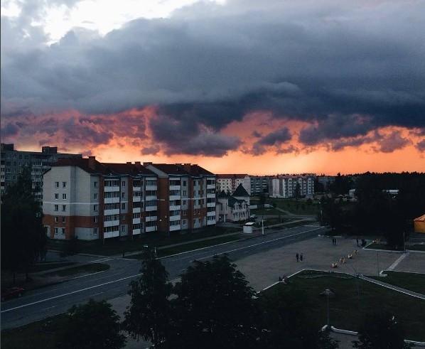 #закат #лето #вечер #микашевичи #город #небо