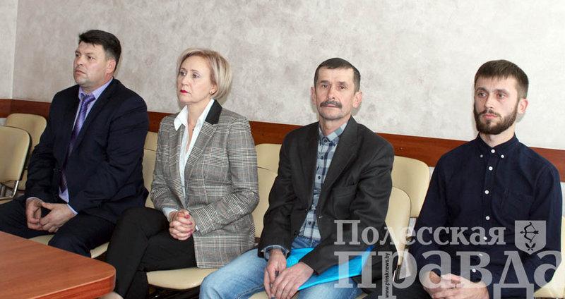Кандидаты в депутаты Александр Мойсеянчик, Валентина Бегеба, Анатолий Ковалец, Дмитрий Мороз