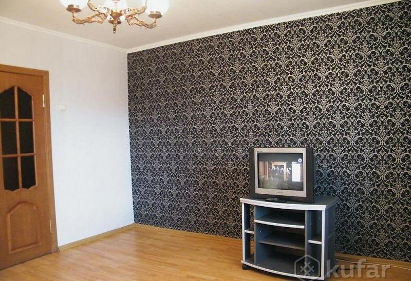 За такую трёхкомнатную квартиру в объявлении просят 30.000 долларов