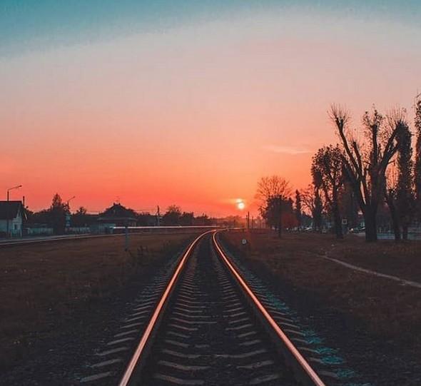 #pinsk #pinsknews #railway #белжд #дорога #belarus #беларусь #sunlight