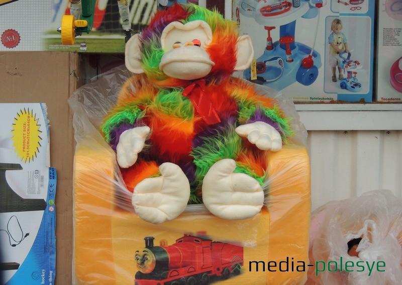 Мягкая обезьяна за 350.000 рублей