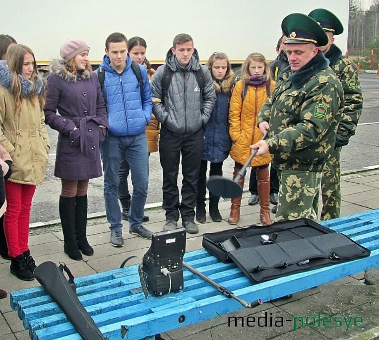 Специальное оборудование пограничников. Фото предоставил Э.Ермаков