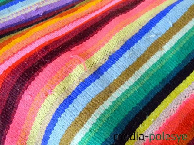 Разноцветное покрывало бабы Марии