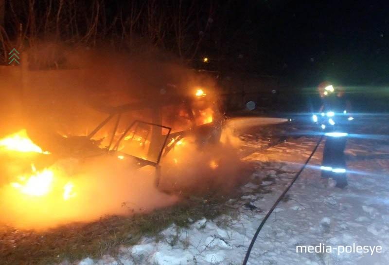 Возгорание а/м в Пинске