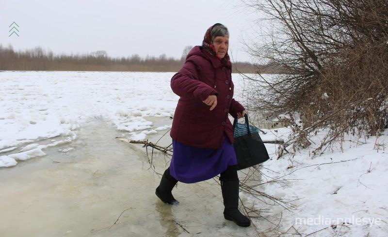 Жительница Хорска с риском для жизни сходила в Давид Городок, фото из архива МП