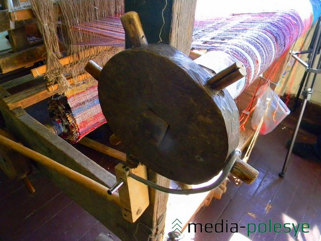 Ляда, ручки, нит, вердо – части ткацкого верстака