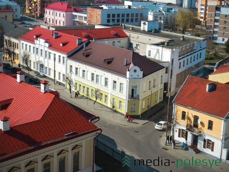 Пересечение улицы Ленина и Ровецкой