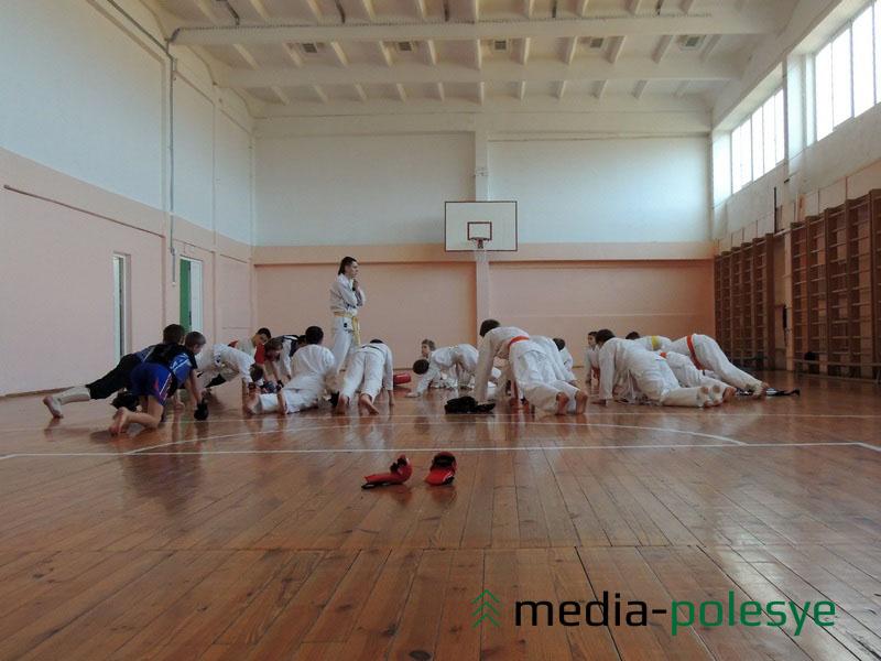 Занятия в школе единоборств «Evolution» посещают порядка 60 детей, 9 из них – девочки