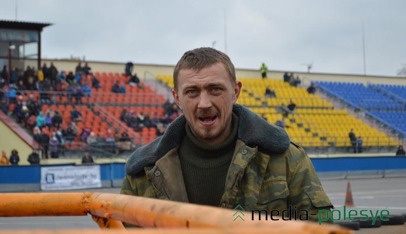 У «Копейки» пинчанина Александра Графова оторвалась рулевая тяга и он выбыл с соревнований
