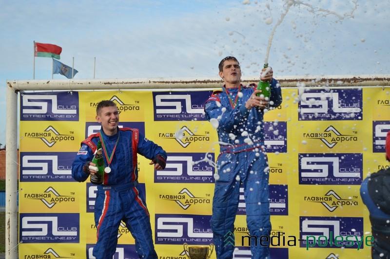 Шампанское победителям