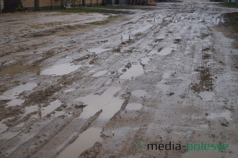 Так выглядит лунинецкая улица Богданова, район Бохоново