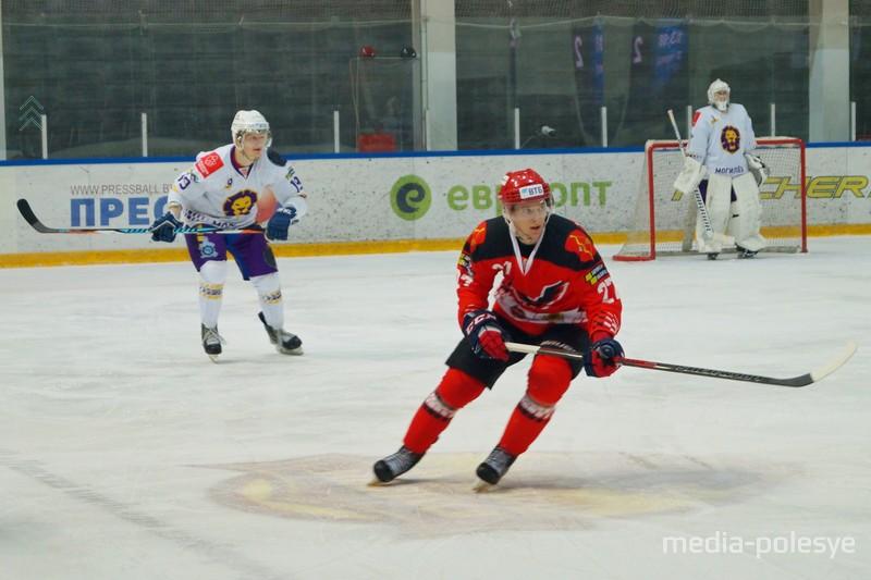 Роман Шувалов №27