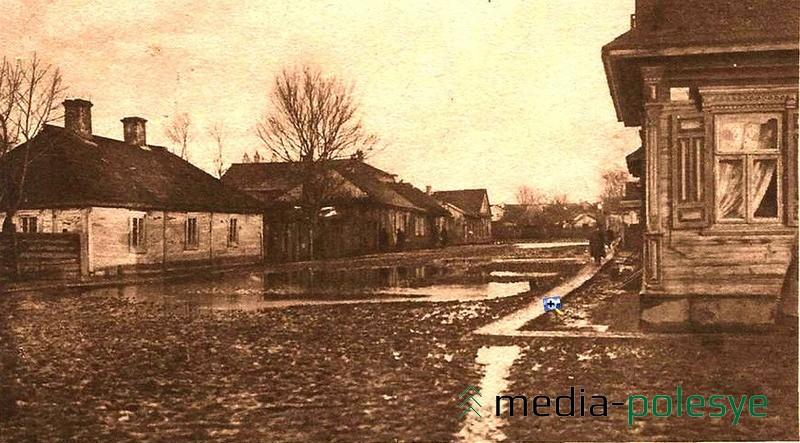 Таким увидел Пинск немецкий солдат во время Первой мировой войны. Пинчане говорят, что в некоторых районах города мало что изменилось