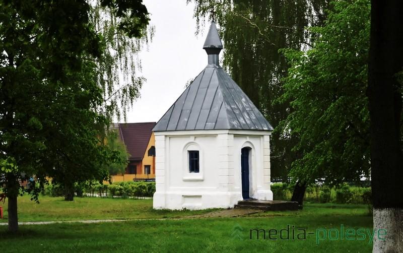 Православная часовня XIX в., г.п. Логишин Пинского района