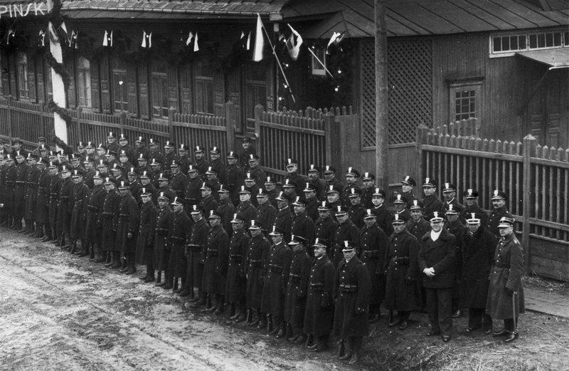 Военные на сборе, 1931–1939