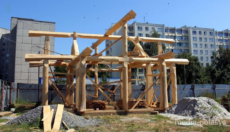 У новой постройки нет монолитного фундамента
