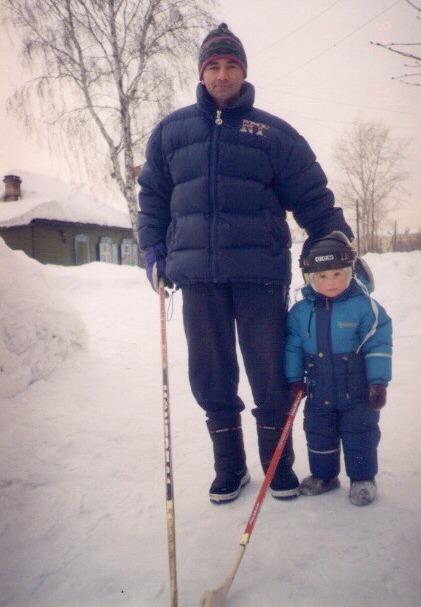 Маленький Денис с отцом