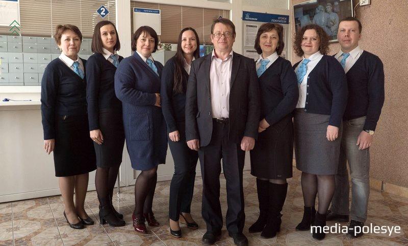 Начальник Брестского филиала РУП «Белтелеком» Игорь Шурпик с коллегами