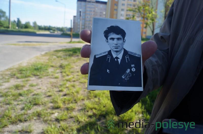На Фото - сын Андрея Костючкова Владимир