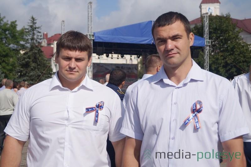 главный механик Михаил Гасюк и инженер Виктор Койко