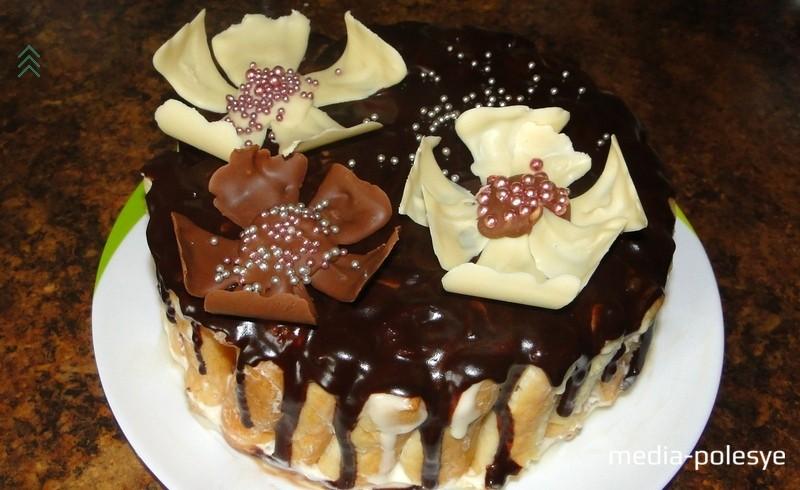 Вкуснейший и нежнейший тортик готов! Приятного аппетита!