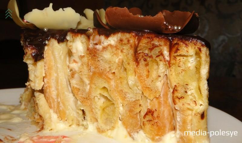 Вот так выглядит торт «Дамские пальчики» в разрезе