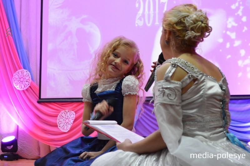 С ведущей Кристиной Збралевич – Ксения Желенговская