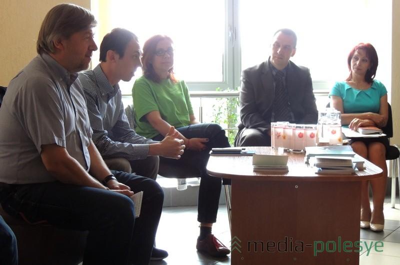 Представители фонда «ТУС» знакомят с опытом Польши