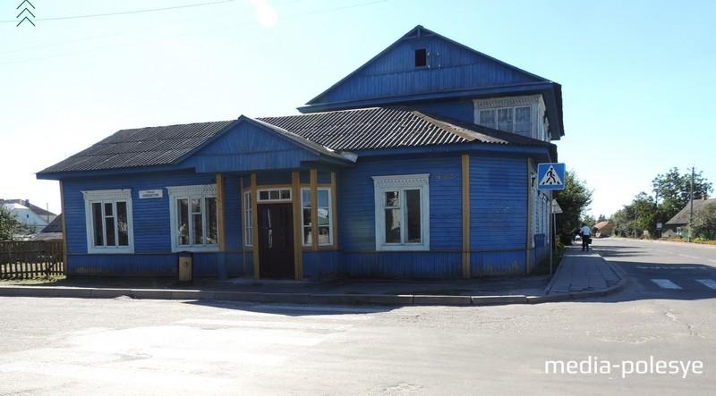 За этот дом, построенный прадедом, Надежда Туровская долго боролась