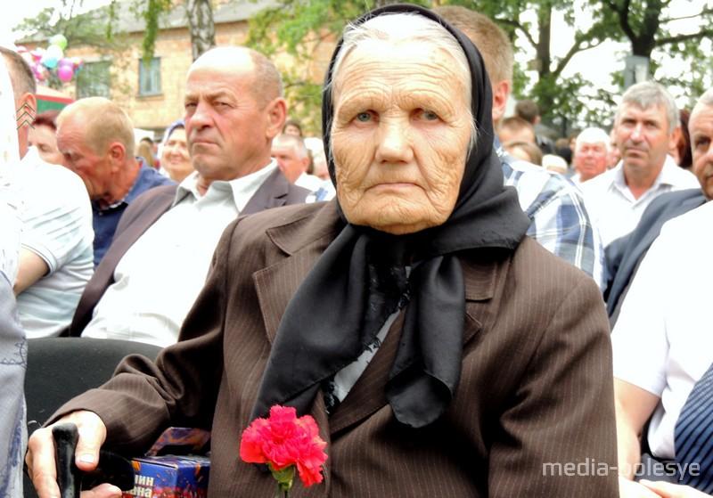 Надежда Плотницкая – одна из старейших жителей деревень сельисполкома