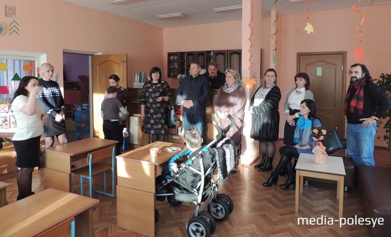 Во время посещения класса ЦКРОиР  в р.п.Речица