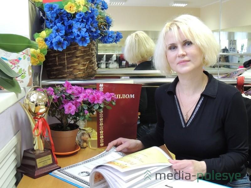 Художественный руководитель образцового ансамбля танца «Карагода»Татьяна Старостина