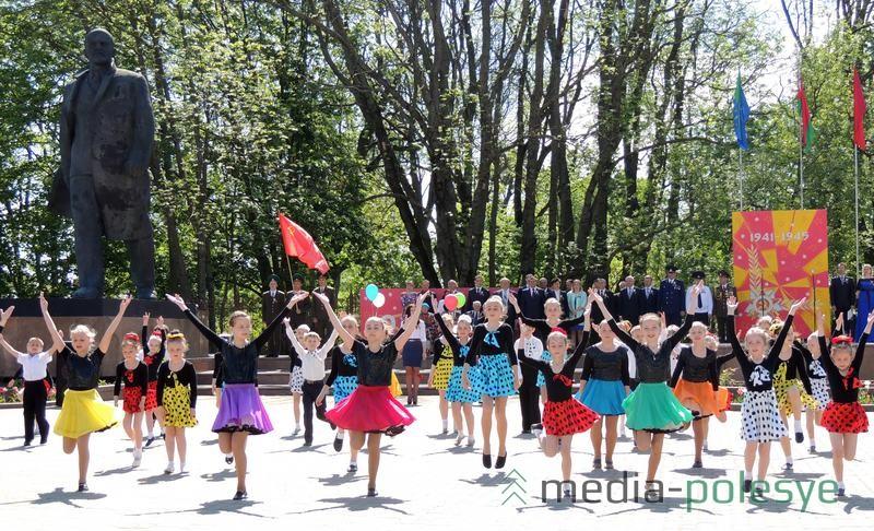 Площадь Ленина – центр проведения государственных и городских праздников в Столине