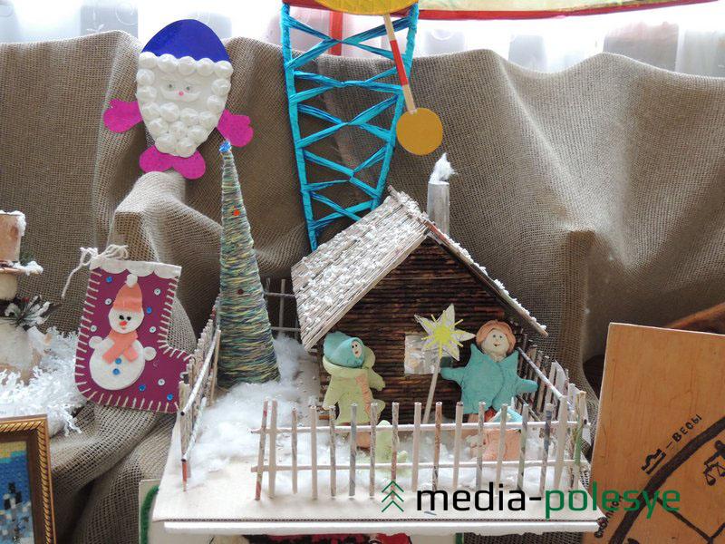 Тематика работ, представленных на конкурс «Калядная зорка», - «Зима», «Рождество Христово», «Новый год», «Коляды»