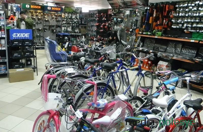 На шины, аккумуляторы, масла и антифризы, детские автокресла, автохимию и аксессуары, велостипеды также можно получить скидку в 5% при покупке от 1 млн. при предъявлении купона