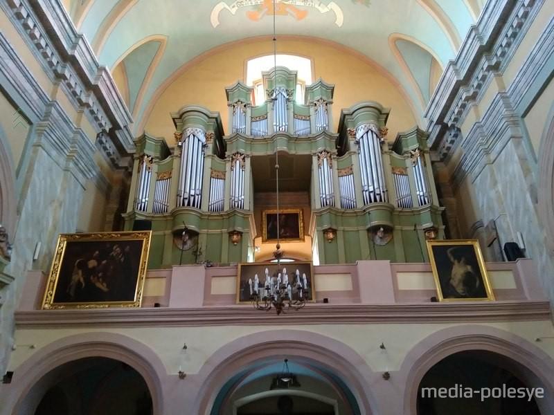 Орган в Пинском костёле. Фото из архива Медиа-Полесья