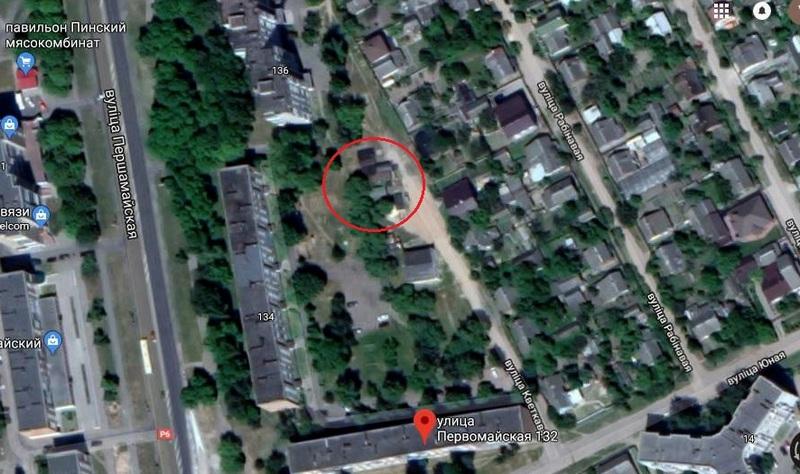 Красным кругом обведено место, где будет построен новый дом, фото с сайта Пинского ГИК