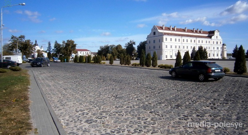 Вид площади Ленина до последней реконструкции