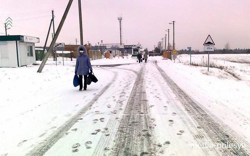 Дорога на погранпереход =Невель=