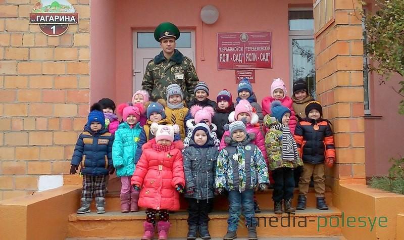 Эдуард Ермаков в гостях у детсадовцев