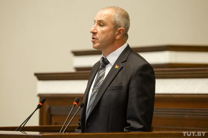 Министр внутренних дел Юрий Караев
